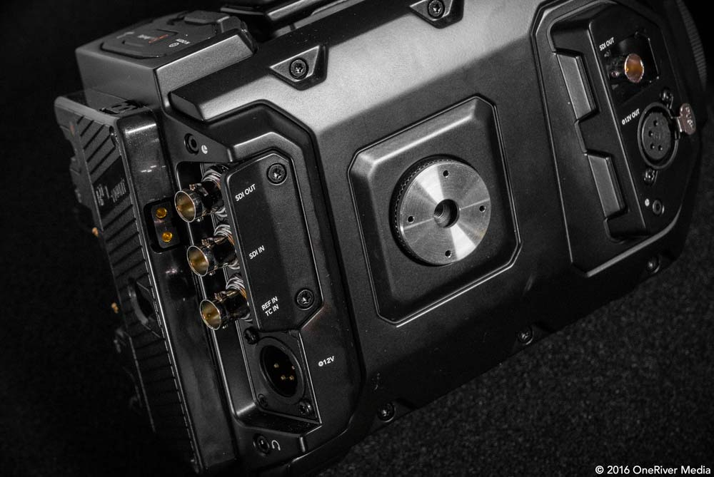 The SmallRig rosette plate fits snuggly on the URSA Mini's rosette receiver.